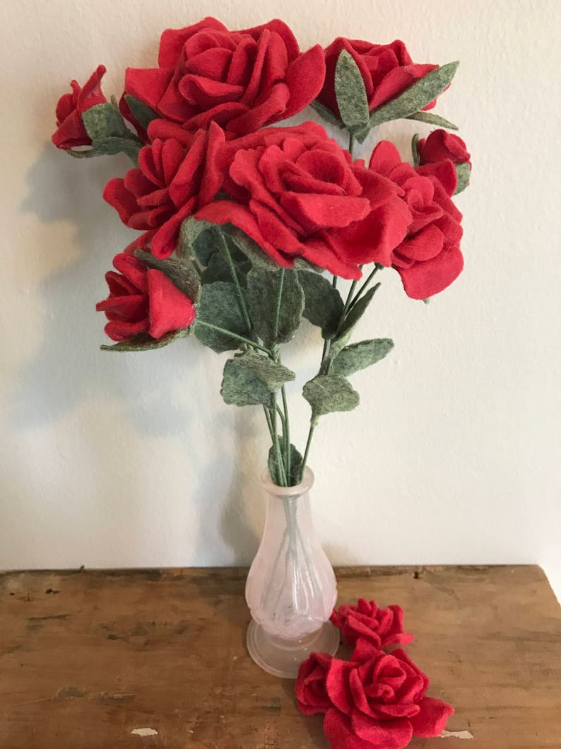 Long Stem Felt Red Roses//Flowers with Green Stems & image 0