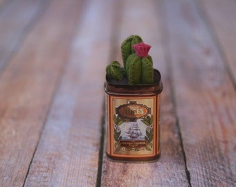 Felt Cactus Plant with Pink Flower in vintage Golden Clipper spice tin // Housewarming Wedding Baby Bridal Shower Gift // Labor Day Weekend