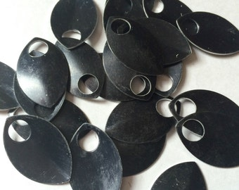 100 Large Black Anodized Aluminum Scales  for Scalemaille and Chainmaille