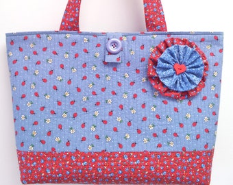 Ladybug Blue - Large Beach Bag Market Tote Shopper Everyday Purse - Pretty Red White and Blue Calico Print Quilted Handbag by Calico Caps®