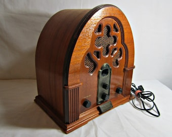 Vintage Reproduction Radio