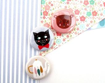 Magnet 25 mm choice: black cat/squirrel/teapot
