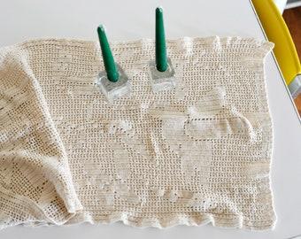 Vintage Handmade Crochet Cotton Table Runner with Hummingbirds