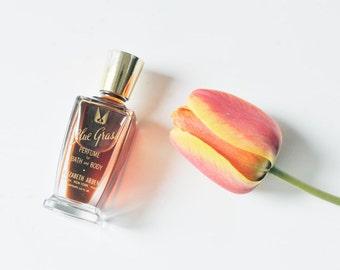 Elizabeth Arden Blue Grass Perfume for Body and Bath .50 Oz, 1/2 Fluid Oz Vintage Victory Wings Logo Perfume Bottle, Valentine's Day