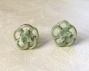 90s Vintage Green Flower Deadstock Stud Earrings