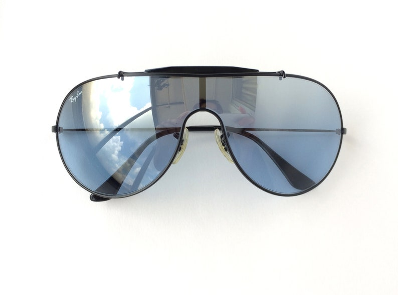 b6b8ef03148d4 Vintage Ray Ban Wings 3 Reflective Blue Mirror Lens Aviator