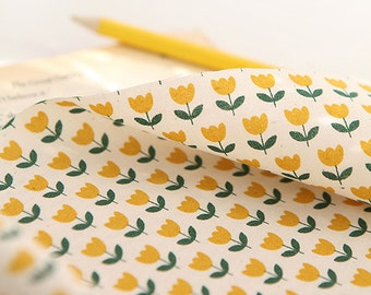 Lovely Yellow Tulip on Cotton, U062