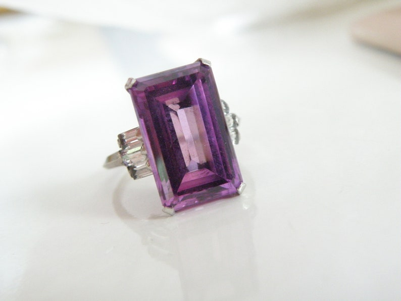 Vintage Mid Century Sterling Silver 925 Simulated Purple Sapphire Cocktail Ring 7