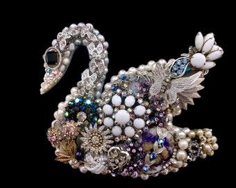 Swan Decor, Swan Vintage Jewelry Art, Swan Gift, Jewelry Swan, Swan Art, Calla Lily Swan