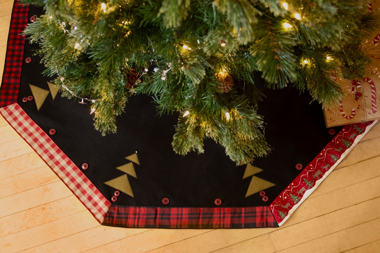 Christmas Tree Skirt Rustic Plaid Made in USA 52 inch ...