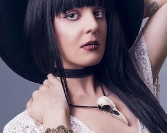 Halloween Raven Skull Necklace - Goth Taxidermy Crow Poe Bird Skull Odin Viking Gift Anime Alt Fashion Witch Jewelry