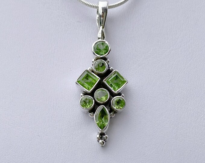 Peridot Gemstone Pendant Necklace 925 Sterling Silver - Square, Round, Marquise Faceted Gemstones, Exclusively from BSJ - August Birthstone