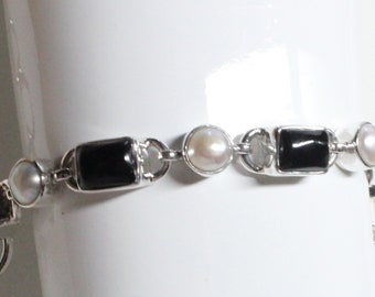 Handcrafted Black Onyx and White Freshwater Pearl Gemstone Bracelet 925 Sterling Silver - Exclusively from Beautiful Silver Jewelry