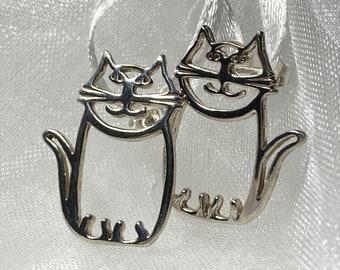 Darling Cat Earrings 925 Sterling Silver - Post Earrings in Cute Cat Design for Women, Teens Girls, Makes A Great Gift, Gift Box
