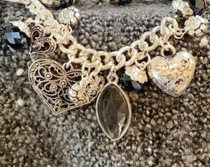 Heart Charm Beaded Bracelet
