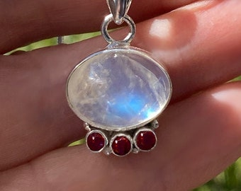Large 16mm x 12 mm Oval Rainbow Moonstone and Triple Garnet Pendant in Sterling Silver - Free SP Necklace Chain - Birthstone Gemstones