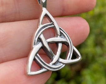 Celtic Triqueta Interwoven Everlasting Knot Triangle Design Pendant Necklace on 16, 18, 20, 22 or 24 inch Chain for Men and Women