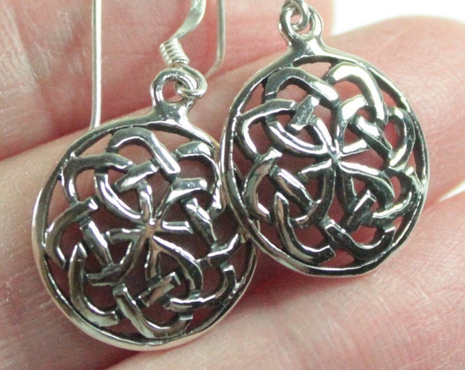 925 Sterling Silver Celtic Design Round Endless Knot Dangle Earrings Gift Box Plus Free Shipping