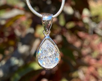 """Large Pear Cut Brilliant Quality Cubic Zirconia CZ Pendant Set in Sterling Silver - comes with your choice of 16"""" or 18"""" SP snake chain"""