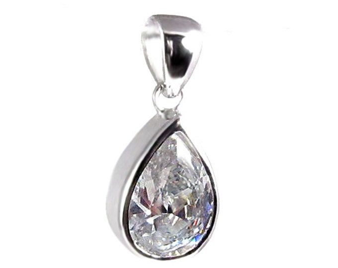 7 Carat tw Cubic Zirconia CZ Pear Cut Pendant 925 Sterling Silver Beautiful Wedding Bridal Jewelry