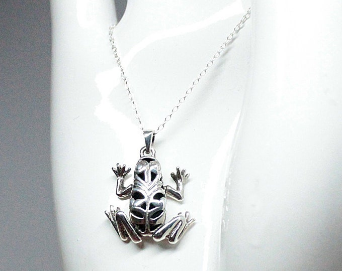 Sterling Silver Frog Pendant Necklace on 18 Inch Chain