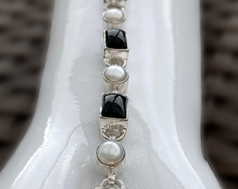 Handcrafted Black Onyx and White Freshwater Pearl Gemstone Bracelet 925 Sterling Silver Adjustable, Measures 8.5 Inches Long