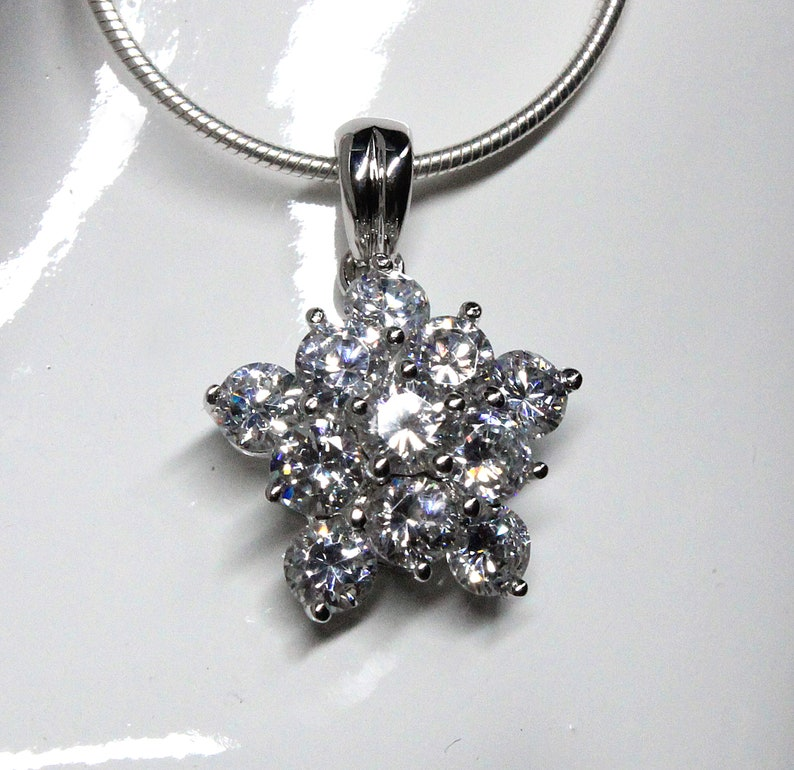 2f06632876734 Brilliant Cubic Zirconia Starburst Design CZ Pendant Necklace Sterling  Silver for Wedding, Bride, Bridesmaid, Mother of The Bride, Elegant