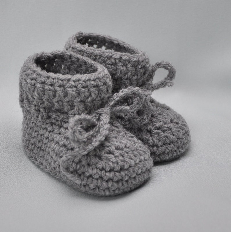 Baby Booties Booties that Stay On in Gray image 0
