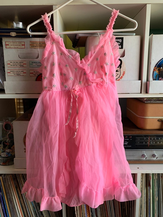 Ladies 60s Vintage Pink Semi-Sheer Babydoll Nightg
