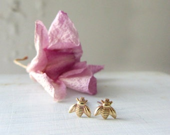 Gold bee stud earrings, Bumble bee earrings, Honey bee earrings, Tiny stud earrings, Bee jewelry, Insect jewelry, gift ideas for her