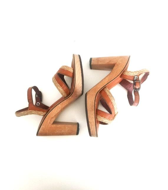 1970s Heels Leather Sandals Vintage Wood Platform