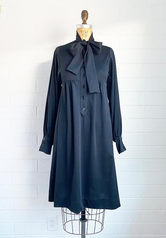 1960s Mod Vintage Black Dress Ascot Collar Bishop