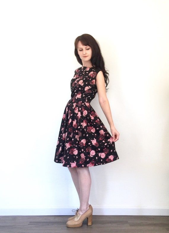23a879b52c 1950s Dress Floral Rose Print Black Pink Cotton Fit and Flare