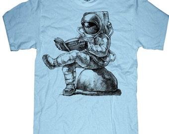 Mens unisex T-shirt - ASTRONAUT READING BOOK ---- sizes sm med lg xl xxl skip n whistle