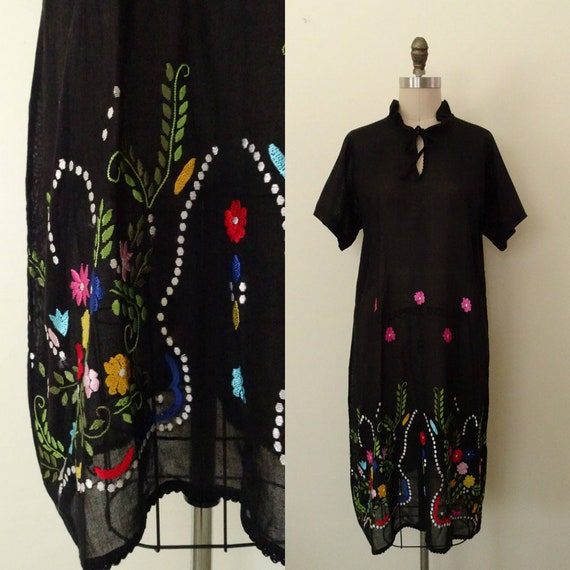 Wallflower 1960s Folk embroidered dress