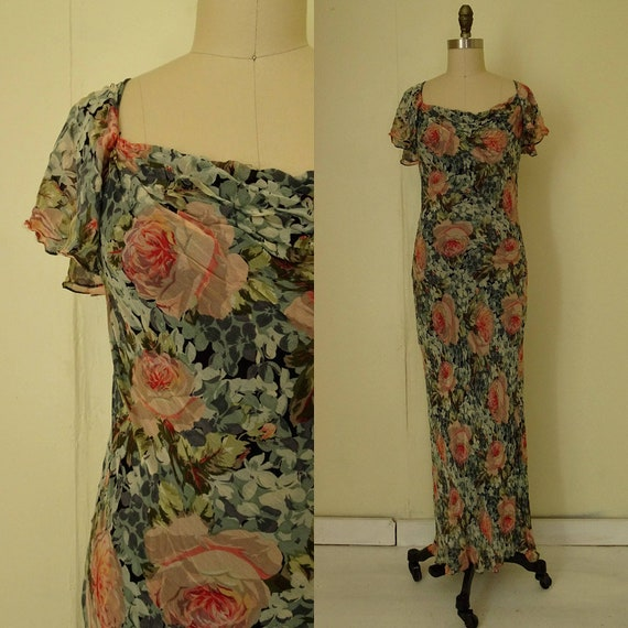 1990s Nostalgia flowing floral dress
