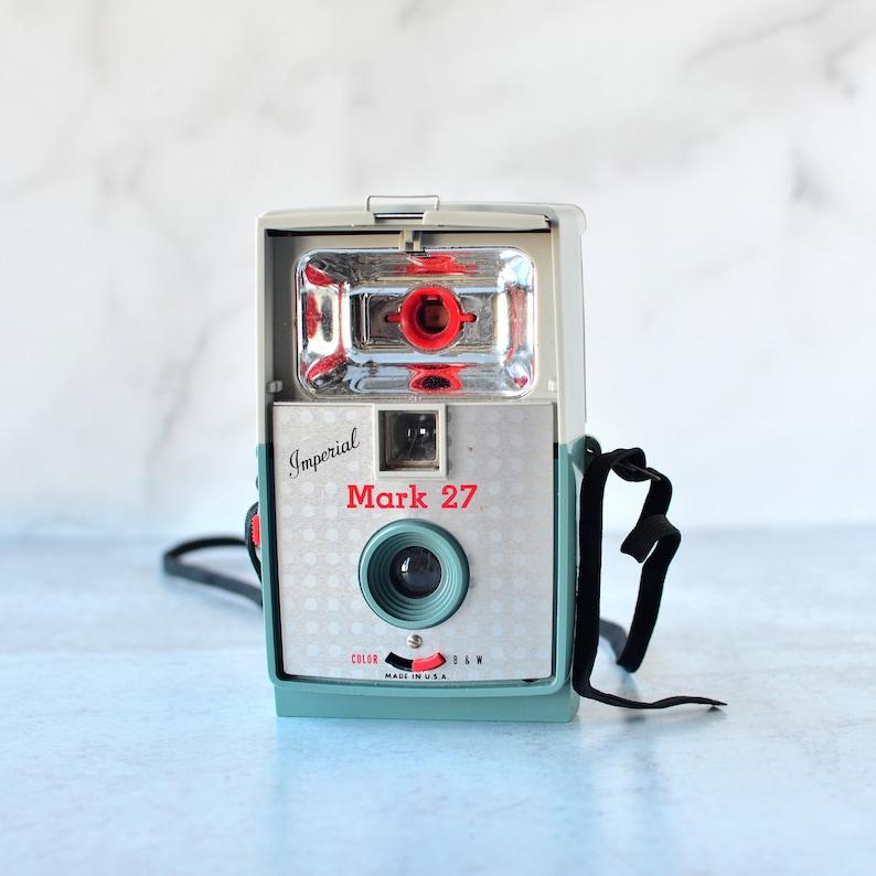 Vintage Imperial Mark 27 Camera Retro Photo Display 1960's image 0