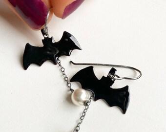 Bat Earrings Halloween Dangle Earrings with Pearl