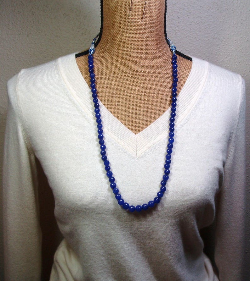 Quality Genuine Earth Mined Untreated 227.00 Carats of Rich Blue Sri Lanka Sapphire Gemstones Necklace