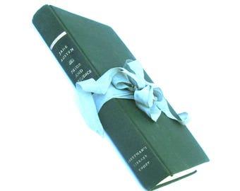 Pride and Prejudice by Jane Austen, Everyman's Library, Forest Green Austen Book, Jane Austen Wedding, Austen Decor,Jane Austen Book,Vintage