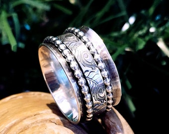 13mm meditation ring, feather pattern and two bead wire, ready to go, size 9