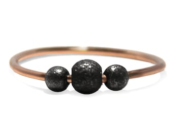 Rose gold Fidget ring, solid 10k gold shank with dark silver beads, oxidized black silver beads, dainty fidget ring, anti stress ring #AR315