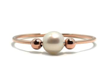 Pearl anxiety ring in rose gold with gold filled beads, pearl meditation ring, dainty fidget ring, anti stress pearl ring with gold #AR601