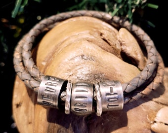 Name bracelet for men, 3 taupe cords, 3 beads (sois heureux, sois brillant, sois toi-même) with 2 separators,  gift for men . READY TO GO