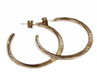 Hammered Hoop Earring in 10Kt yellow gold. #BO303