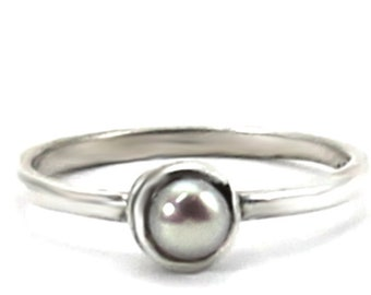 Pearl ring, small swirl with green freshwater pearl, stackable ring,sterling silver,tiny silver ring with pearl, stackable pearl ring, #S104