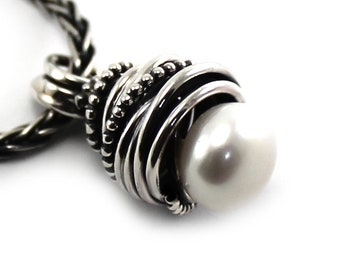 Silver pendant with pearl, medium model, twisted wire around freshwater pearl, handmade, each pendent if unique, gift for mom, gift. #PA127