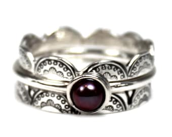 SET OF 3 laced stackings rings, laced and pearl ring set, lace ring, stackable ring, stacking rings silver, purple pearl ring. #BE146