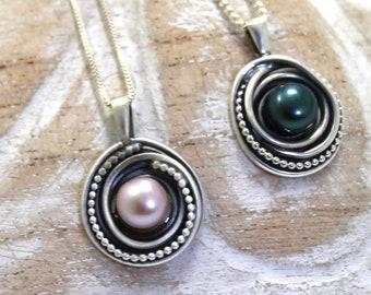 Women's Pendant necklace