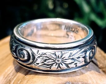 7mm ring; 4mm textured middle ring; sterling silver, texture swirl floral ring band. READY TO GO